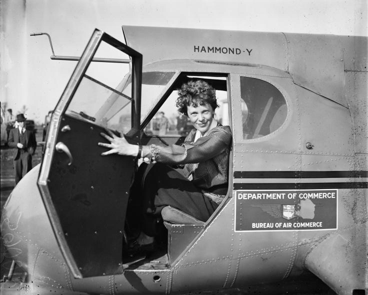 Amelia_Earhart_LOC_hec.40747